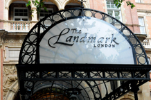 The luxurious Landmark London makes a memorable London wedding venue and is a huge stunning five star hotel originally built to serve Marylebone railway station